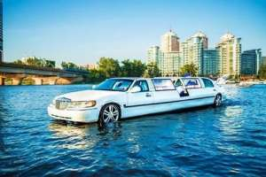 Аренда Аква лимузина, прокат аква лимузин на воде арендовать водный лимузин на девичник, день родения - изображение 1