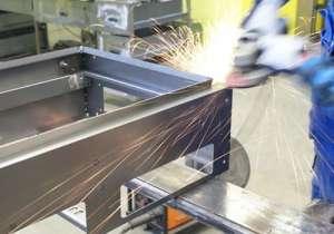 В Польшу на завод антикоррозийной обработки металлических деталей требуются мужчины - изображение 1
