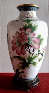 Декоративная высокая ваза - изображение 1