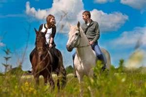 Конные прогулки Киев. Конная прогулка на лошадях. Конные прогулки отдых. - изображение 1