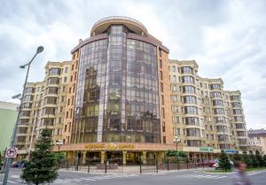 Купить квартиру от застройщика в ЖК София Клубный в Киеве - изображение 1