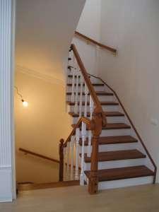Лестницы и двери деревянные по приемлемой цене. - изображение 1