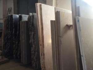 Мрамор неотразимый в крытом хранилище. Стоимость наиболее низкая в Украине. Мраморная плитка и мраморные плиты. Плиты Оникса - изображение 1