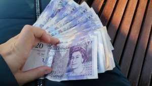 Обмен: Катарский риал, риал Саудовской Аравии, дихрам ОАЭ и другие валюты. - изображение 1