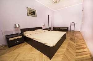 Посуточно прекрасная квартира возле метро Дарница - изображение 1