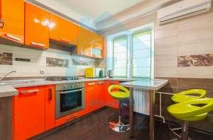 Продается 2 к. квартира с евроремонтом на Антоновича 99 в центре Голосеевского района - изображение 1