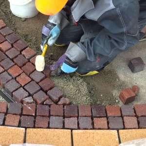 Укладаємо тротуарну плитку, бордюр якісно під ключ - изображение 1